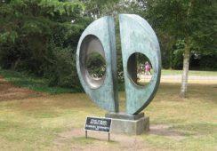 Rzeźba Barbary Hepworth zniknęła z londyńskiego parku