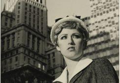 Twórczość Cindy Sherman podbija Nowy York