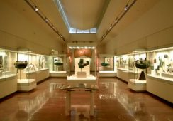 Wielka kradzież w muzeum w Olimpii