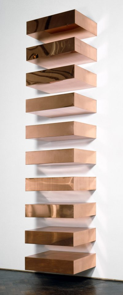 Donald Judd, Untitled, 1969. Copper, ten units with 9-inch intervals, źródło: .guggenheim.org