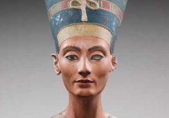 Mija 100 lat od odnalezienia pięknej Nefretete