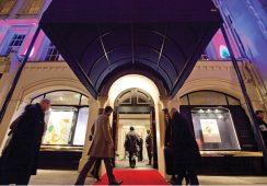 Sotheby's stawia na sprzedaże prywatne