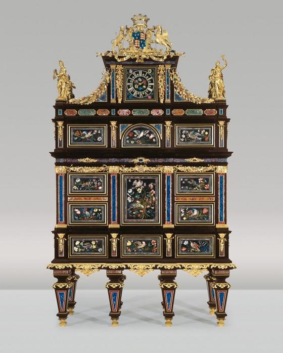 Hebanowy Badminton Cabinet, połowa XVIII wieku,  zlicytowany w domu aukcyjnym Christie's za 36,7 mln dolarów,  mebel trafił do Pałacu Liechtenstein w Wiedniu
