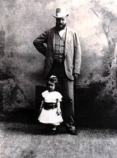 Karol Lanckoroński z córką Karoliną, fotografia, źródło: wikipedia.pl