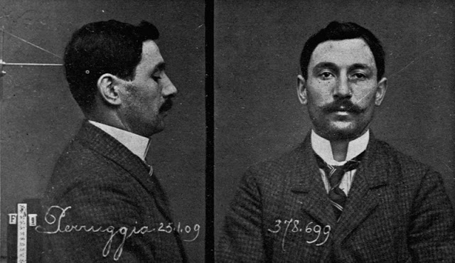 Vincenzo Perugia, dokumentacja policyjna,  źródło: French Photographer/ Private Collection, Roger- Viollet, Paryż