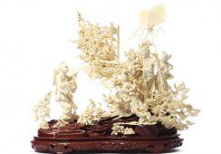 Aukcja kolekcji dzieł z kości słoniowej