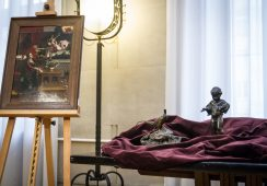 Skradzione w Krakowie dzieła sztuki wróciły do Polski