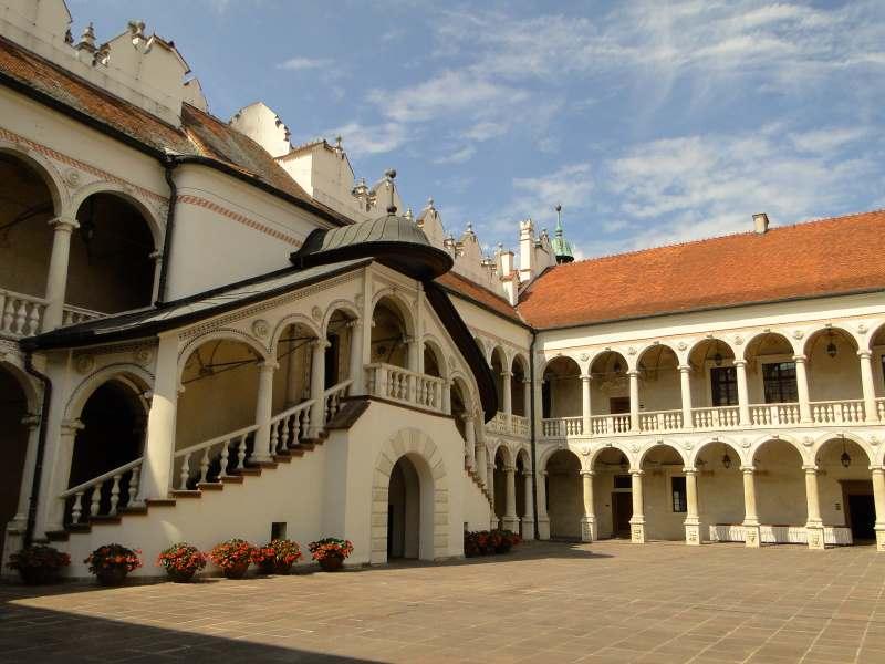 Zamek w Baranowie Sandomierskim - dziś kompleks hotelowo-konferencyjny