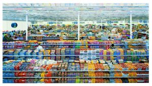 Andreas Gursky – 2. 99 cent (2006) © Andreas Gursky