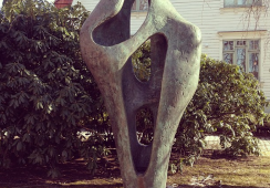 Proces o rzeźbę Barbary Hepworth