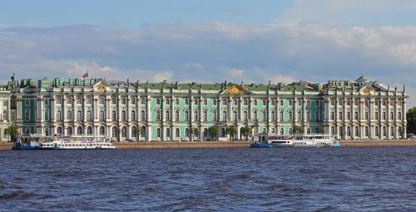 Państwowe Muzeum Ermitażu w Petersburgu, źródło: manifesta.org