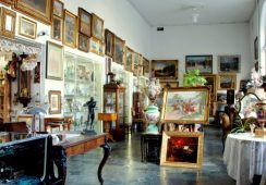 Kolejna aukcja obiektów po Barbarze Piaseckiej Johnson w Antykwariacie Daes