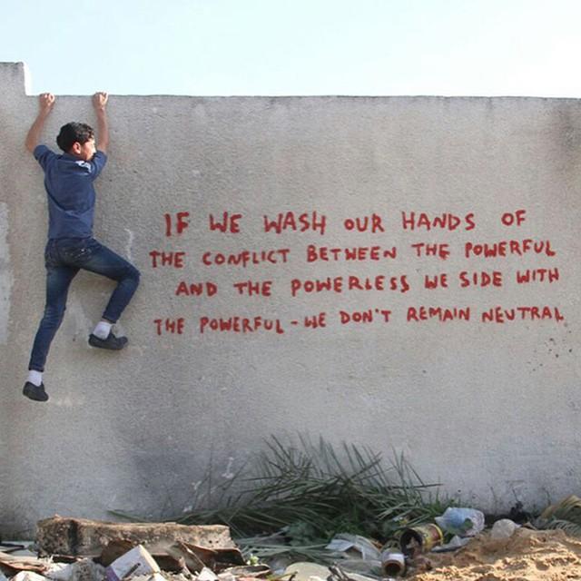 Banksy, Strefa Gazy, 2015, źródło: banksy.co.uk