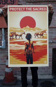 Dzieło Sheparda Faireya zwracające uwagę na ochronę Indian, źródło: Obeygiant.com