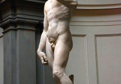 """""""Hero"""", czyli współczesna forma rzeźby Michała Anioła wystawiona we Florencji"""