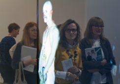 Artyści z Krakowa. Generacja 1980–1990 – relacja z wystawy w Galerii MOCAK w Krakowie