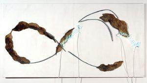 """Pier Paolo Calzolari, """"Rapsodie Inepte (Infinito)"""", 1969, 163 x 305 cm, fot. materiały prasowe Nasjonalmuseet, Oslo"""