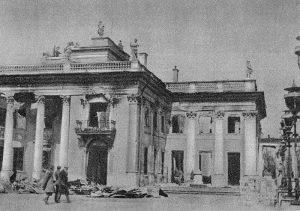 Pałac na Wodzie, 1944