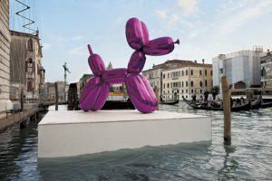 Jeff Koons, Balloon Dog, Kolekcja François Pinaulta, Wenecja