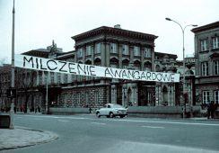 """Wystawa """"Procedery sztuki lat. 70"""" w Fundacji Profile"""