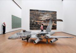Rzeźba Anselma Kiefera warta 1,4 mln dolarów zniszczona