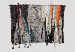 Papier, skóra i elektronika, czyli współczesna tkanina artystyczna Marii Węgrzyniak-Szczepkowskiej – wywiad