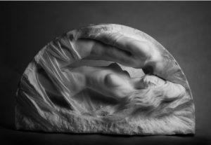 Michał Jackowski, Nokturno, marmur karraryjski, 2016, materiały dzięki uprzejmości artysty