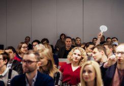 Młodzi, zdolni, obiecujący. White Space Auction relacjonuje aukcję malarstwa  SUPERNOVA 3