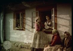 Autochrom - triumf koloru. W 110 rocznicę wynalazku fotografii kolorowej
