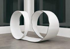 Indywidualna wystawa Moniki Sosnowskiej w londyńskiej galerii