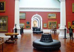 Rynek dzieł sztuki i antyków w górę