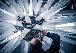 Kryształowa gwiazda Daniela Libeskinda ozdobiła choinkę Rockefeller Center