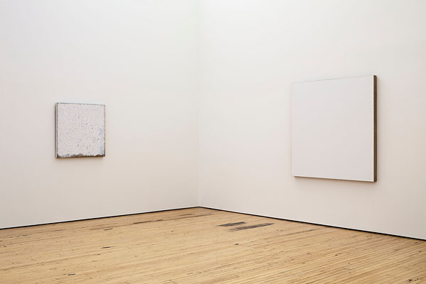 Robert Ryman wystawa w Dia Art Foundation, źr. nytimes.com / rynekisztuka.pl