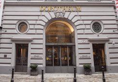 Wejście do pałacu Dorotheum © Sontacchi - Reumiller