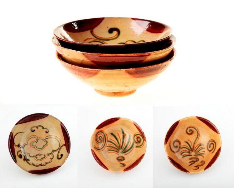 Trzy czarki typu Sancai, Dynastia Tang, Ceramika Changsha, IX w.; źródło Desa Unicum