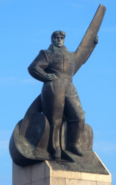 Edward Wittig, Pomnik Lotnika, Warszawa