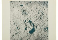 "[APOLLO 11] FIRST FOOTPRINT ON THE LUNAR SURFACE. VINTAGE NASA ""RED NUMBER"" PHOTOGRAPH, 20 JULY 1969."