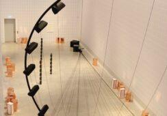 Alicja Kwade: najnowsza wystawa w Berlinie